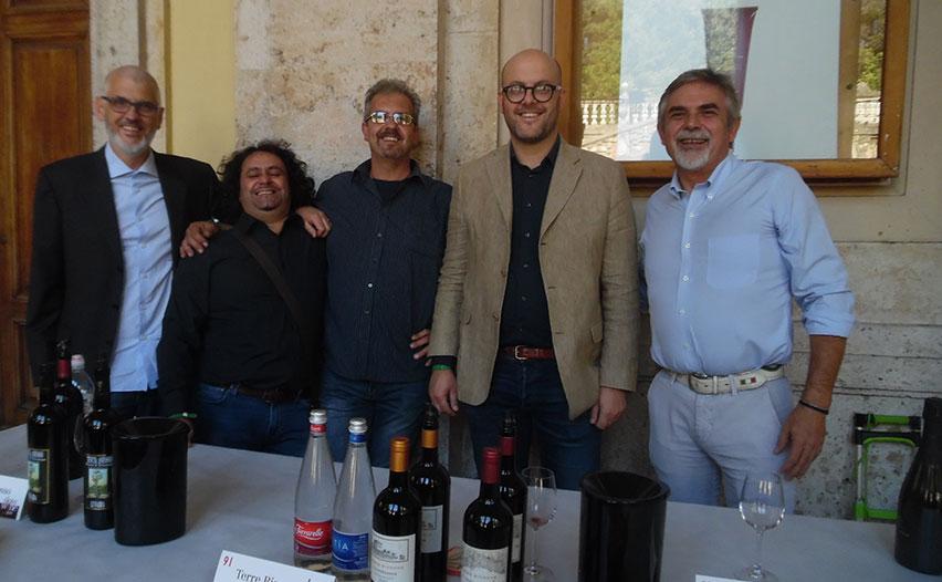 Riccardo Bruna (Az. Bruna), Maurizio Anfosso (Ka Manciné), Alessandro Anfosso (Tenuta Anfosso), Filippo Rondelli (Terre Bianche) e Danilo Tozzi (Vis Amoris)