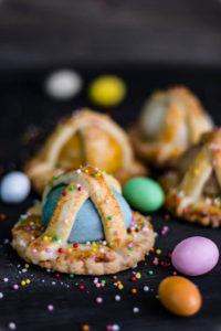 I cavagnetti con tipico uovo colorato