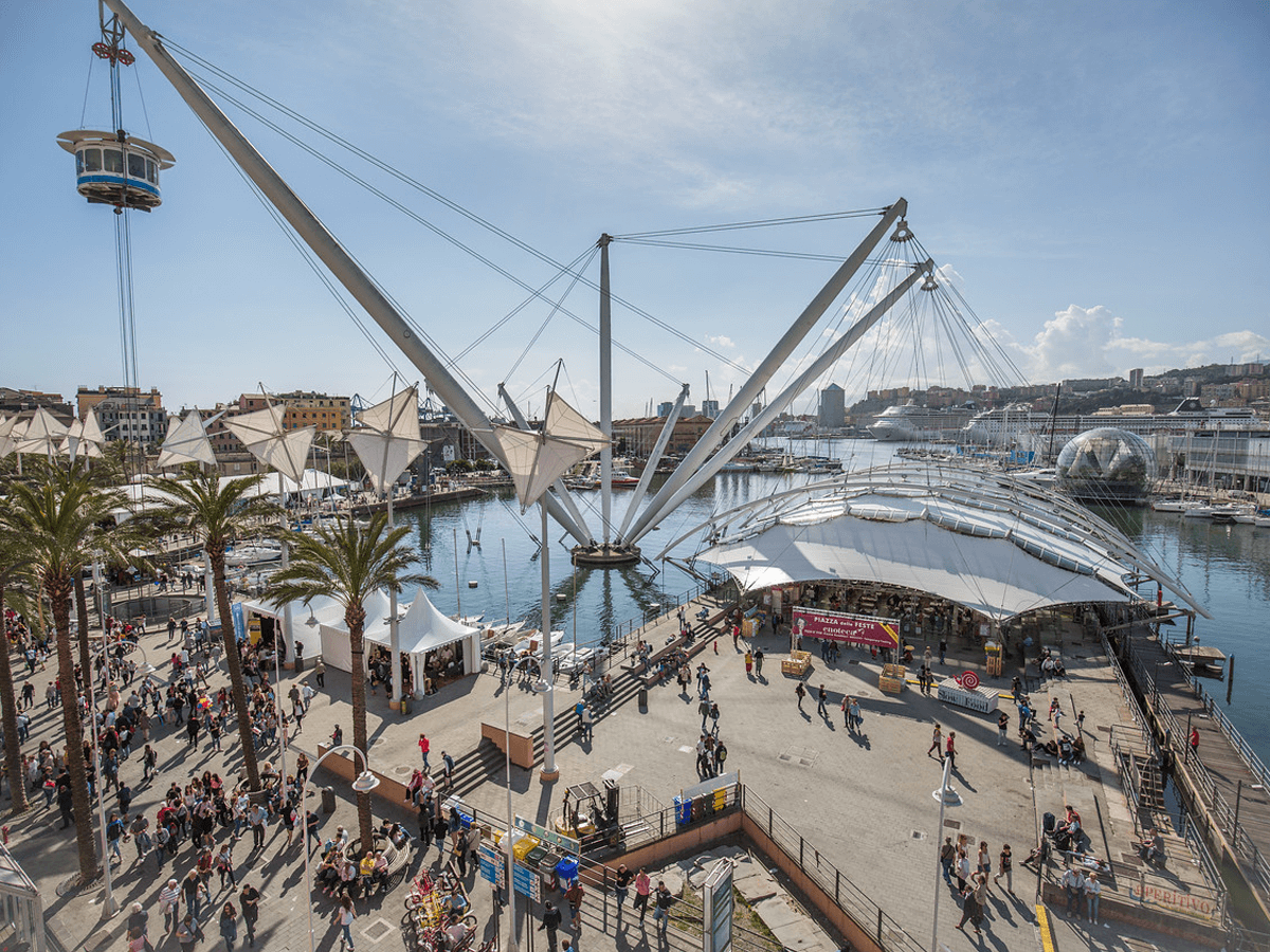 Il Porto Antico di Genova - lo sfondo della nona edizione di Slow Fish