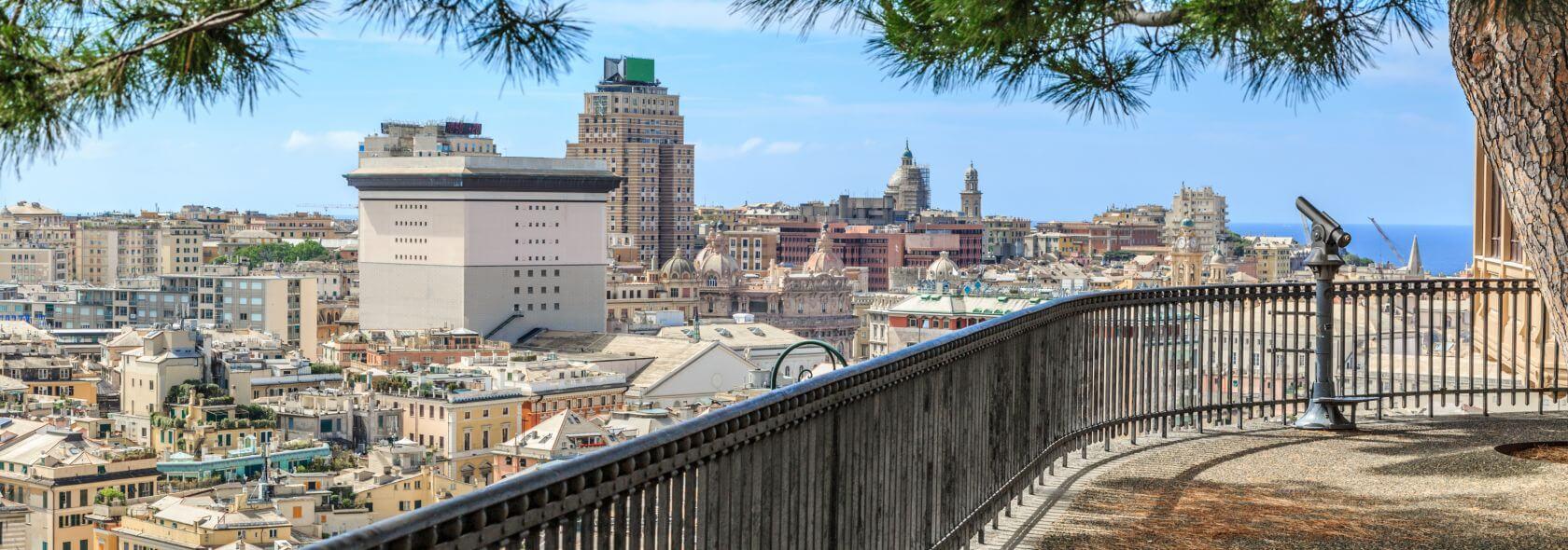La splendida vista da Spianata Castelletto